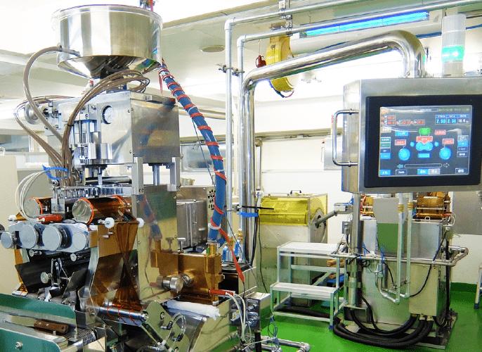 ソフトカプセル成形機